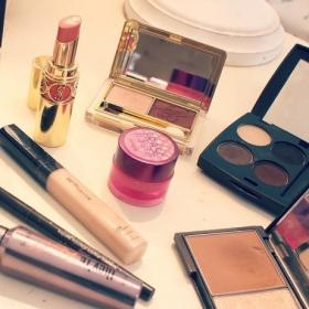 DIY : comment fabriquer un rangement pour son maquillage en moins de 10 minutes