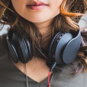 La plateforme Sofa Festival recense tous les concerts en streaming et en accès libre pendant le confinement