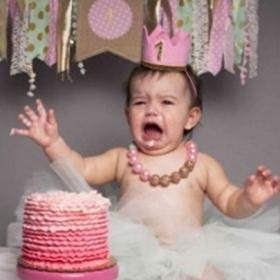 16 photos de naissance complètement ratées et hilarantes