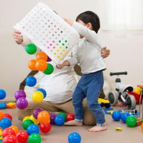 4 astuces pour habituer son enfant à ranger ses jouets (et retrouver une maison rangée)