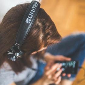 Voilà pourquoi on a envie d'écouter de la musique déprimante quand on est triste