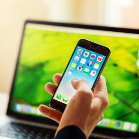 L'astuce étonnante et toute simple qui vous aidera à utiliser un peu moins votre téléphone