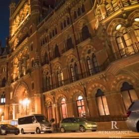 Vivez les plus belles expériences de chaque destination grâce aux Navigateurs des Hôtels Marriott Renaissance