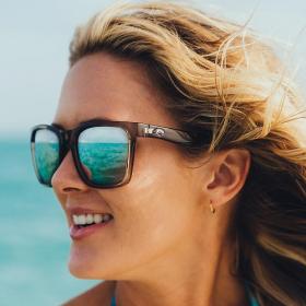 5 bonnes raisons de porter des lunettes de soleil toute l'année