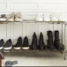 Retrouvez vos baskets blanches comme neuves avec ces conseils de nettoyage