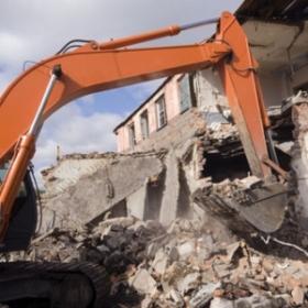 Bâtir pour démolir #5