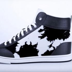 Vous pouvez instantanément changer le motif de ces sneakers connectées