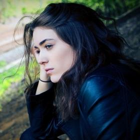 15 choses que la dépression nous pousse à croire alors que ce sont d'horribles mensonges