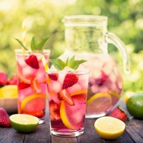 Pourquoi vous ne devriez pas boire de boisson fraîche quand il fait chaud