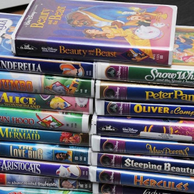 Vos vieilles cassettes VHS Disney valent une fortune et vont peut-être vous rendre riche !