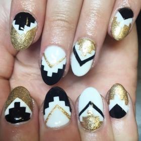 14 idées de nail arts blancs