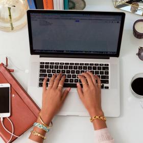 13 façons de déstresser pendant une journée de travail
