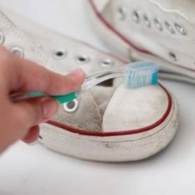12 usages fantastiques du dentifrice auxquels vous n'auriez jamais pensé