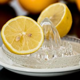 Du jus de citron avec du sel peut soulager une migraine en quelques minutes