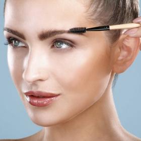 Les 5 choses à faire / ne pas faire pour avoir de beaux sourcils
