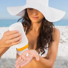 Voilà pourquoi on peut avoir un coup de soleil même quand on a mis de la crème solaire