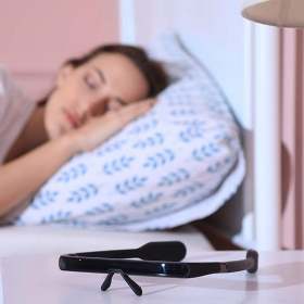 Ces lunettes un peu spéciales vous réveilleront plus efficacement que 5 tasses de café