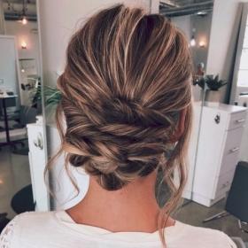 14 tutoriels coiffures que vous avez tout juste le temps d'apprendre pour les fêtes !