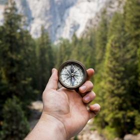 5 raisons qui expliquent pourquoi vous doutez autant et comment réussir à changer