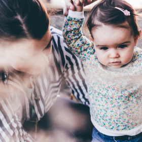 5 signes qu'il vaut mieux changer de baby sitter