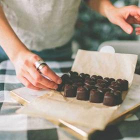 12 choses étonnantes que vous ne saviez pas sur le chocolat (après avoir lu ça, vous serez incollable !)