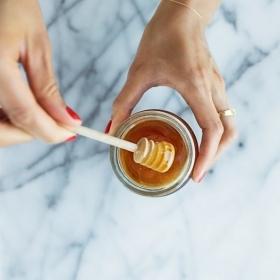 DIY : 5 recettes beauté naturelles et maison à base de miel