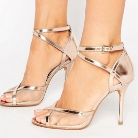 50 sandales à talons pour être la plus belle cet été