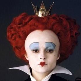 16 photos frappantes d'acteurs avant et après maquillage