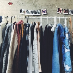 8 conseils pour garder ses vêtements plus longtemps