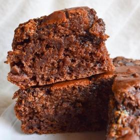 La recette du chocopote, le gâteau au chocolat maison sans matières grasses et avec de la compote