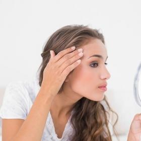 5 remèdes de grand-mère pour traiter l'acné de manière naturelle