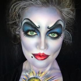 Cette make-up artiste est capable de se maquiller en n'importe lequel de nos personnages Disney préféré !