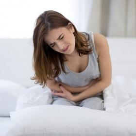 Un gynéco décrit la douleur des règles comme étant « presque aussi forte qu'une crise cardiaque » et toutes les femmes confirment