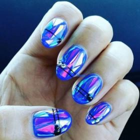 La dernière tendance nail art : les glass nails