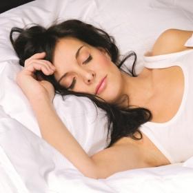 Une étude montre que les femmes ont besoin de dormir plus car elles ont une activité cérébrale plus intense