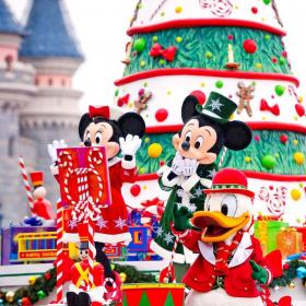Disneyland Paris lance son Noël Enchanté avec des festivités magiques