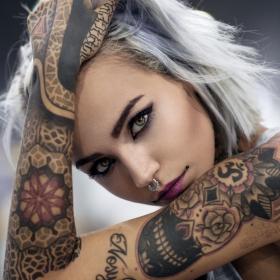 8 choses que les personnes tatouées aimeraient ne jamais entendre