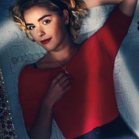 Retrouvez Sabrina, la sublime Reine de l'Enfer, dans la bande-annonce de la saison 3