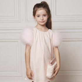 5 tenues enfant parfaites pour les fêtes de fin d'année