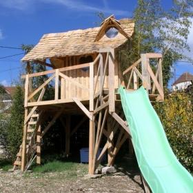 Ce super tonton a construit un château de Princesse pour sa nièce avec des palettes !