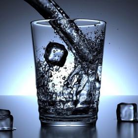 Voici comment maximiser les bienfaits de l'eau que vous buvez tout au long de la journée