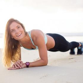Ce challenge de 20 jours vous apprendra à faire la planche pendant 2 minutes sans difficulté