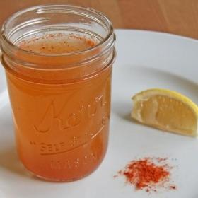 Soulagez vos sinus avec cette recette toute simple d'infusion au vinaigre de cidre