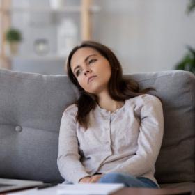 Pourquoi vous souffrez sûrement de languishing, l'émotion dominante de l'année 2021