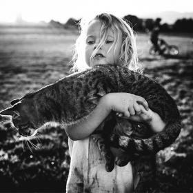 Cette maman photographe capture l'enfance de ses enfants loin de tout appareil électronique moderne