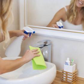 La recette naturelle maison pour fabriquer son nettoyant multi-surfaces soi-même