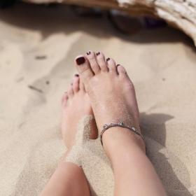 Ce produit naturel que vous avez déjà dans vos placards permet de ne pas sentir des pieds