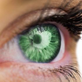 Les personnes qui ont les yeux verts seraient plus attirantes, plus créatives et plus calmes