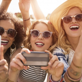 Ceux qui ne postent jamais de selfies sont vus comme des personnes plus sympas et plus fiables