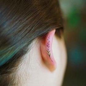 11 tatouages hélix qui vous donneront envie d'un tatouage sur l'oreille